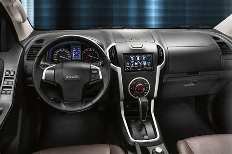 isuzu  max interior veiculos