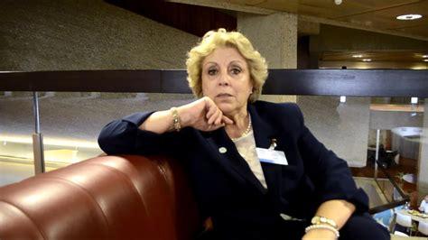 Entretien avec la Sénatrice algérienne Fouzia Ben Badis - YouTube