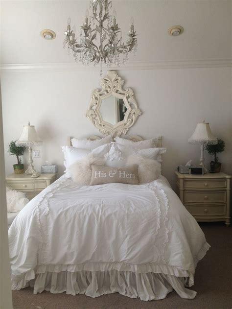 feminine shabby chic bedroom interior ideas  examples founterior