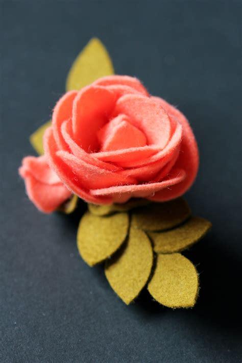 felt flower roundup  girl   glue gun