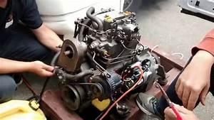 Yanmar 2qm20 Marine Diesel Engine Running