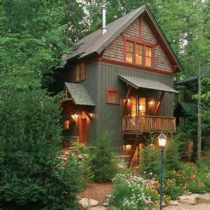 Beautiful cabin, via this slideshow for inspiring small ...
