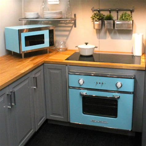 31 Best Retro Kitchen Appliances For 2018  Vintage. How To Decorate Living Room With Grey Walls. Engine Living Room Table. Decorating Ideas Living Room Brown Sofa. Living Room Bali Address. The Living Room Cafe Abu Dhabi Location. Living Room Wall Art Sayings. Rearranging Your Living Room Furniture. Living Room Sets Sleeper Sofa