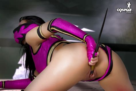 Mortal Kombat Mileena Cosplay Finds Cosplay Pictures Pictures Luscious Hentai And Erotica