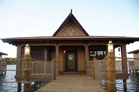 Bungalows : Polynesian Village Resort Adds New Tropical Addition To