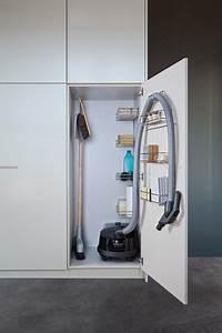 Schrank Für Staubsauger Ikea : putzschrank organisieren tipps f r die einrichtung ~ Orissabook.com Haus und Dekorationen