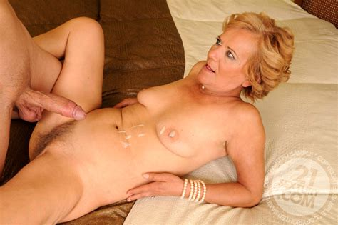 Lusty Grandmas Lili Casual Mature Mom Valley Sex Hd Pics
