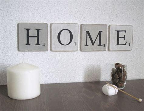 lettres en bois patin 233 blanc et gris decoration murale mot