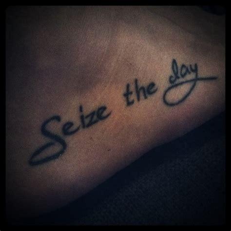 foot tattoologist