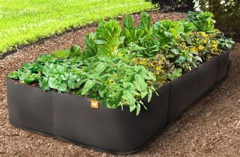 ways   build raised bed garden