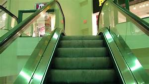 A Christmas Ride On The Schindler Haughton Escalator At
