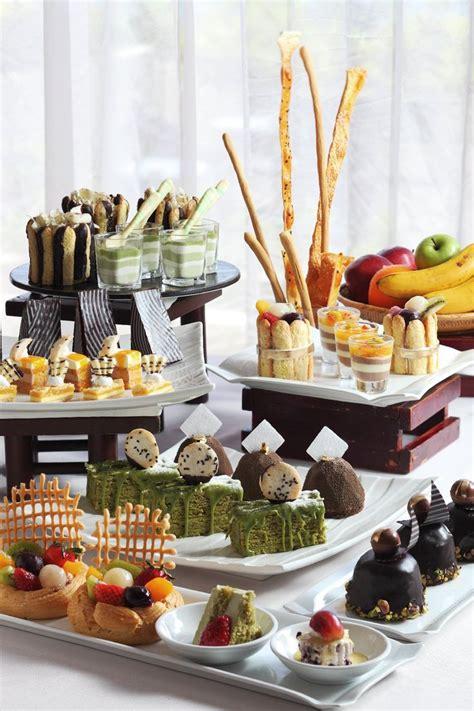 buffet cuisine pin scrumptious dessert buffet kkfood desserts
