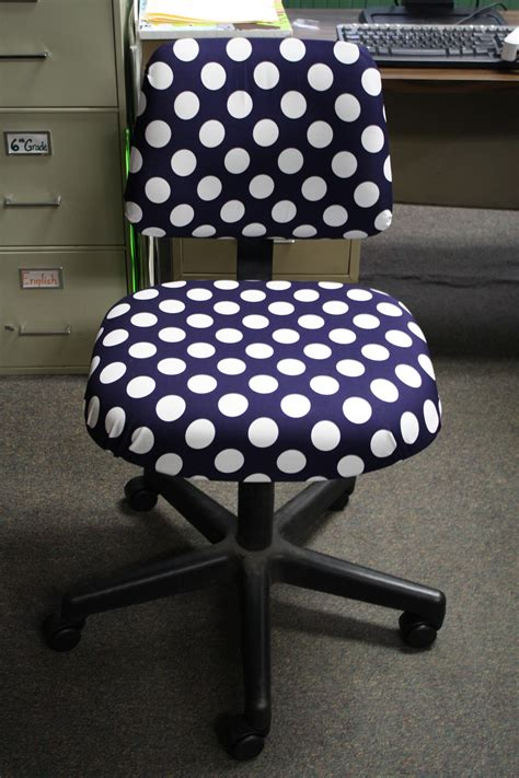 diy polka dot chair great summer project casa de