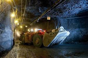 Picture of underground mining at the Finsch mine in South ...