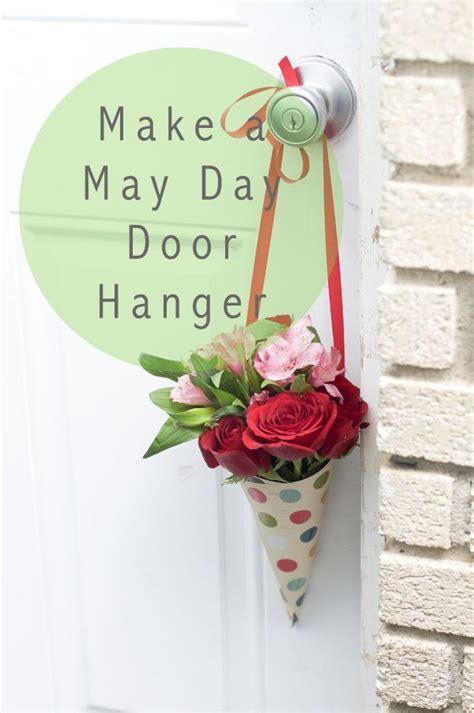 day tradition   flower door hanger