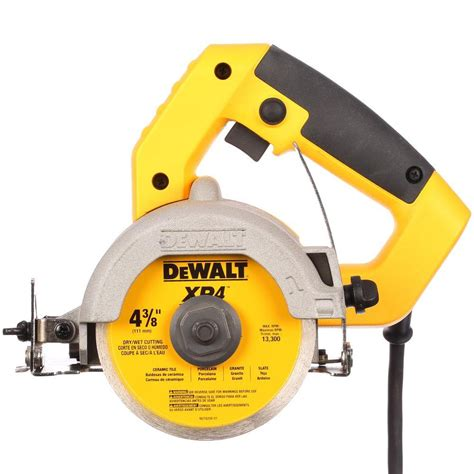 dewalt 4 3 8 in wet dry hand held tile cutter dwc860w