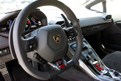 lamborghini huracan lp  review digital trends