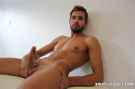 Australian Rick Chester Getting Naked And Jerking His Big Uncut Cock – Horse Cock Men