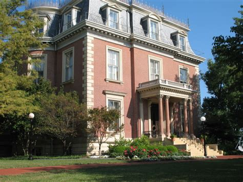 beautiful home interiors jefferson city mo 12 creepy houses in missouri that could be haunted