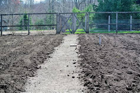 adding topsoil to garden 28 best adding topsoil to garden soil regeneration lawn reclamation creating a sheet adding