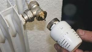Tete De Robinet Radiateur : changer un robinet de radiateur ~ Dailycaller-alerts.com Idées de Décoration