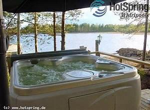 outdoor whirlpool vielleicht praktischer als ein With whirlpool garten mit blumenkübel terracotta groß