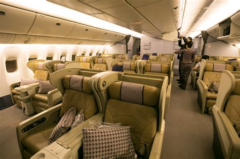 Singapore Airlines 777-200 Business Class