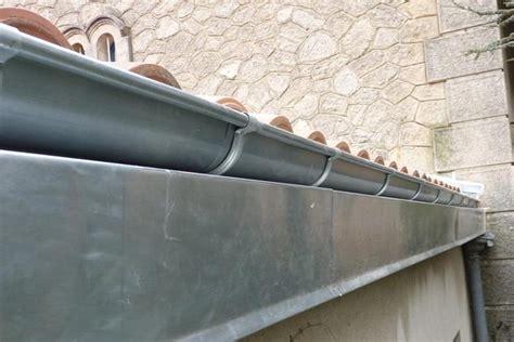 reparation gouttière zinc prix de la pose ou de la r 233 paration d une goutti 232 re en zinc