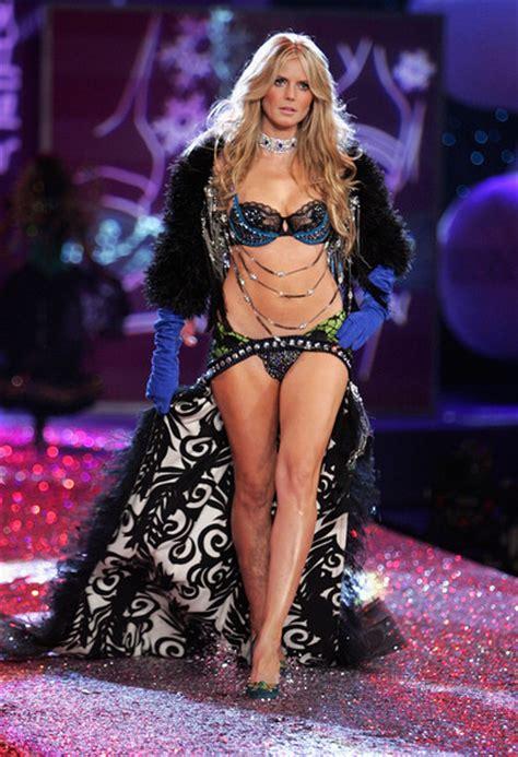 Heidi Klum Photos Photos The Victorias Secret Fashion