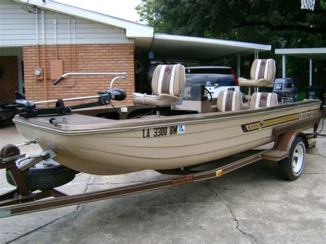 Kingfisher Bass Boats For Sale by 1986 Kingfisher Fiberglass Boat Bass Boat For Sale In