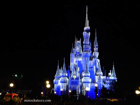 planning  disney christmas vacation heres  crowded