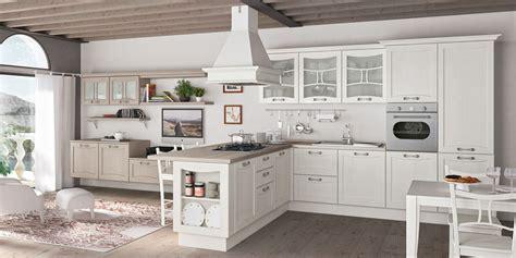 Cucina 'aurea' Di Creo Kitchens Il Classico, Il