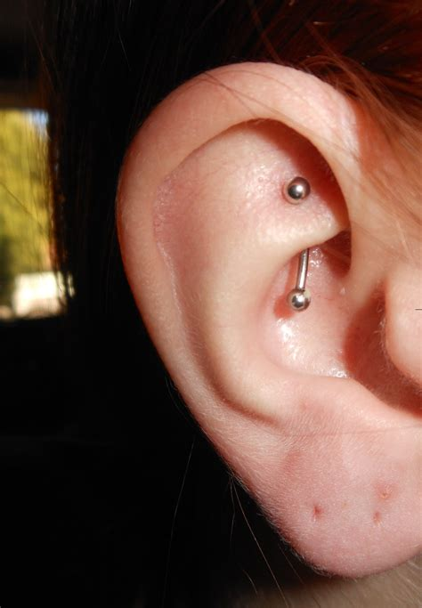 SCREENED SILVER: My Rook Piercing: 5 Months Later