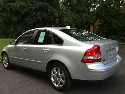 sell   volvo   extra clean rare  speed