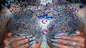 Glitter boobs are a thing now, you've been warned