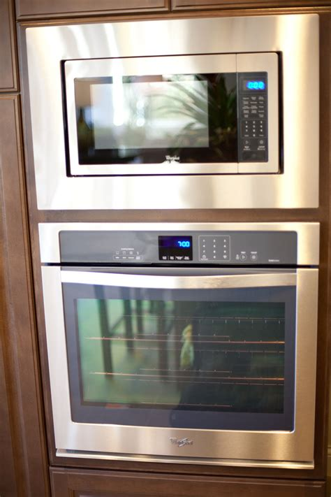 whirlpool wall oven microwave combo reviews