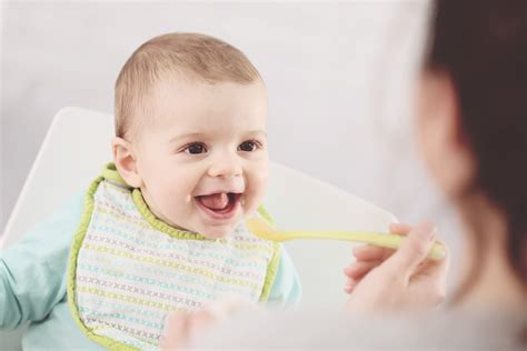 Feeding Your Baby Solid Foods Some Advice