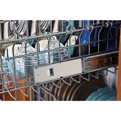 ge gdwtvww built  dishwasher  cycles  level wash system stainless steel interior