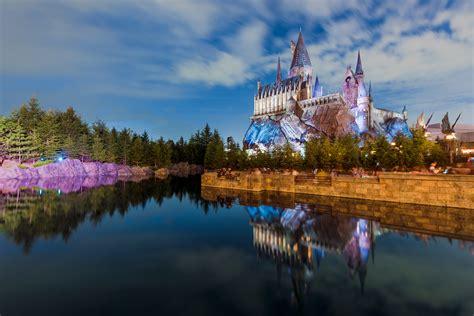 hogwarts castle photo  travel caffeine