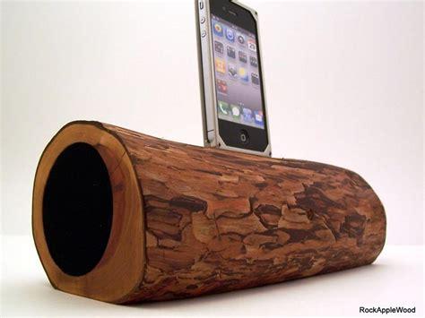 wooden iphone speaker handmade wooden iphone dock speaker gadgetsin