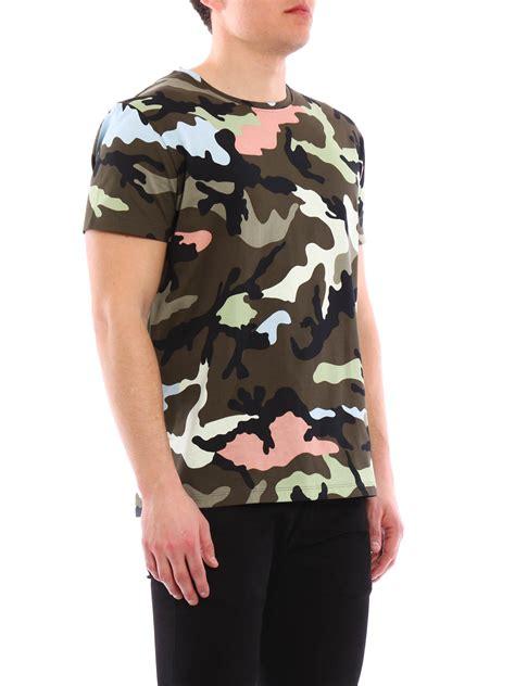 valentino t shirt valentino camouflage t shirt t shirts kv0mg00w36p iro ikrix