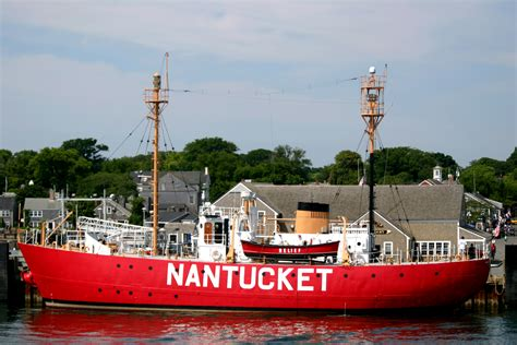 Boat House Nantucket by 10 Reasons To Visit Nantucket In The Jaunt Magazine