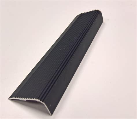 nez de marche alu nez de marche aluminium avec ou sans perforation erp de bonne qualit 233
