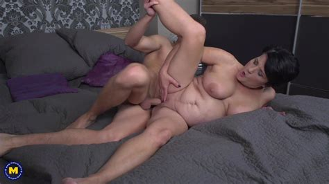 Taboo Sex With Mature Busty Mother And Lucky Son Porn 37