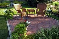 nice small patio design ideas on a budget Backyard Makeovers - 10 Backyard Landscaping Ideas