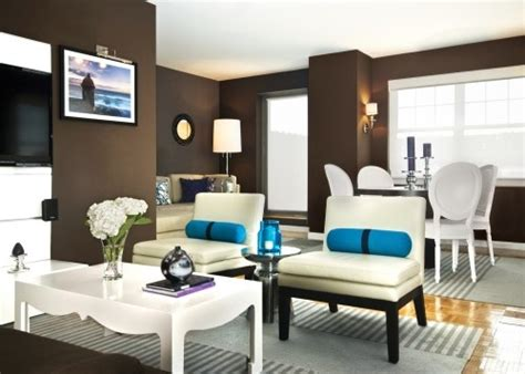 Brown Living Room Wall Colors by Modern Living Room The Brown Wall Color Is Stunning