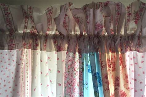 Tessuti E Tendaggi Provenzali Tende Shabby Chic Tende Idee Per Tende Shabby Chic