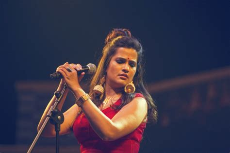 Singer Sona Mohapatra Strikes Back, Gives A Fitting Reply