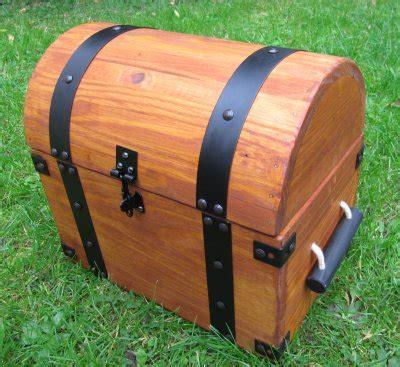 making  treasure chest