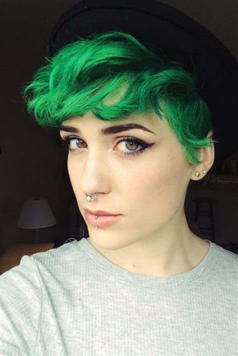 24 Dyed Hairstyles You Need To Try Short Green Hair